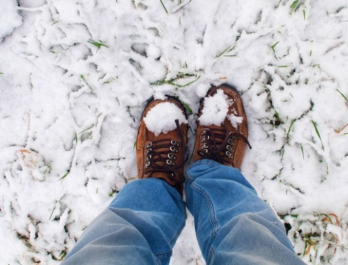 Protect your feet from the cold and maintain their health with MUVU